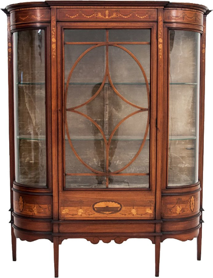 Vitrine, early 20th c.