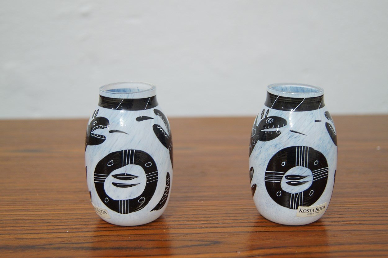 Pair of Vases by U. Hydman-Vallien, Costa Boda, 1980s